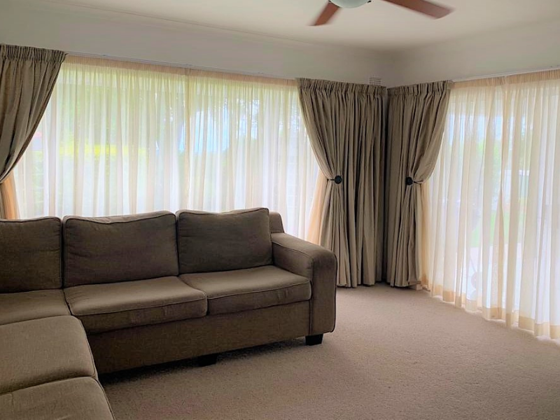 Country home curtain and suite
